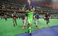 Gary Cahill và 10 cầu thủ Chelsea sẽ rời đội bóng trong hôm nay