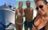 Vua phá lưới Serie A cùng bạn gái hoa hậu thư giãn trên du thuyền