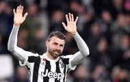 Tri ân huyền thoại, Juventus và Sarri nhận cái kết đắng