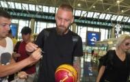 Cựu đội trưởng Roma nói lời xúc động trong ngày chia tay nước Ý