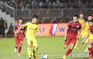 Đỗ Văn Thuận nhận thẻ đỏ, bước ngoặt trận super match TP.HCM-Hà Nội FC