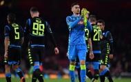 Thủ môn Napoli công khai bày tỏ tình cảm với sao Juventus