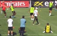 Video Jovic và Courtois trở lại tập luyện cùng đồng đội