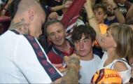 'Chiến binh' được đón tiếp nồng ấm trong lần quay về đảo Sardegna