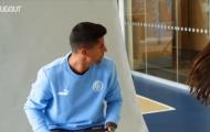 Video Joao Cancelo ký hợp đồng với Man City