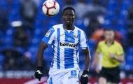 CHÍNH THỨC: Hàng thủ 'nát tươm', Chelsea vẫn đẩy đi 'đá tảng' châu Phi