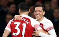 Khi nào Ozil mới tái xuất trong màu áo Arsenal?