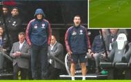 Khiến Emery 'phát rồ' sau một pha bóng, sao mai Arsenal nói gì?