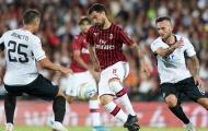Thi đấu bế tắc, AC Milan bị 'gã tí hon' cầm hòa