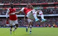 Sao Arsenal: 'Liverpool dễ đánh bại hơn Burnley'