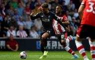 Mặc CĐV chỉ trích, 'cục tạ' Liverpool vẫn lên tuyển