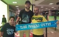 XONG! 'Cây sào 1m95' đã đặt chân đến Napoli