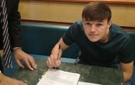 CHÍNH THỨC: Fiorentina ký hợp đồng với em họ Steven Gerrard