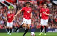 Maguire hay, nhưng huyền thoại Man Utd vẫn đặt 2 dấu hỏi lớn