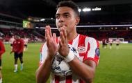 'Nuối tiếc' của Arsenal: 'Tôi không bao giờ chơi bóng vì tiền'