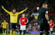 Man Utd & Arsenal diễn tấu hài tại 'Nhà hát', trọng tài cũng hóa  trò hề