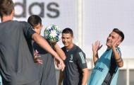 Ronaldo bày tỏ tình cảm với Higuain trước trận gặp Bayer Leverkusen