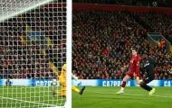 'Hậu vệ trái Liverpool chạy để làm gì?'