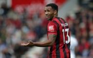 Học trò bị Man Utd 've vãn', HLV phản pháo: 'Thật vô nghĩa'