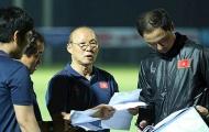 Vì sao thầy Park gạch tên Tuấn Anh và Trọng Hùng ở trận gặp Indonesia?