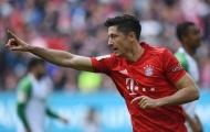 Nhả đạn ầm ầm, Lewandowski cân bằng siêu thành tích của 'họng pháo' Arsenal
