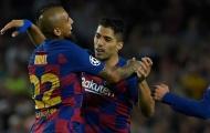 CĐV Barca: 'Hắn ta u mê à? Đội hình này không cần những kẻ côn đồ'