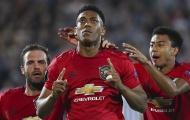 Trở lại sau 2 tháng, Martial đem về ngôi đầu bảng cho Man Utd