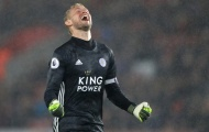Leicester tạo cú sốc, gia đình nhà Schmeichel xứng danh huyền thoại EPL