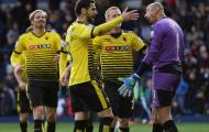 Trước Tim Krul, những thủ môn nào từng đẩy 2 quả pen ở một trận Premier League?