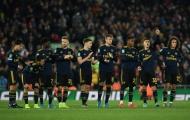 Thua Liverpool, Arsenal tan đàn xẻ nghé, tân binh ra mặt chấn chỉnh ngay trên sân