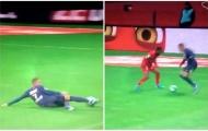 Mbappe 'trượt băng nghệ thuật', 'sỉ nhục' đối thủ trong ngày PSG thua muối mặt