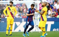 CĐV Barca phẫn nộ: 'Lười biếng và ngu si, hắn ta biến họ thành một tập thể thụ động'