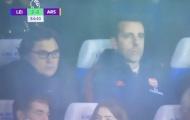 Arsenal thua Leicester, CĐV đồng loạt nhắn 1 điều tới thượng tầng