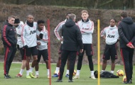 Ngay tháng 12, tân binh được hội quân, tập cùng Man Utd