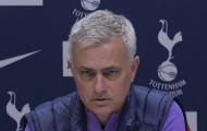 Hành động khó hiểu, Mourinho xin lỗi NHM Tottenham