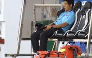 Quỵ gối trước U22 Indonesia, tướng Akira Nishino giữa muôn trùng vây
