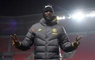 Inter Milan nhận quà, Conte và Lukaku thể hiện tâm trạng trái ngược