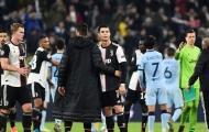 """Juventus thắng trận, Sarri lên tiếng """"dằn mặt"""" Ronaldo"""