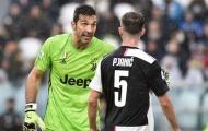 Mắc sai lầm nghiêm trọng, Buffon bị Sarri chỉ trích thậm tệ