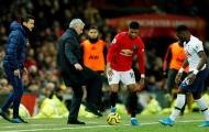 CHOÁNG! 'Báo thù' cho Rashford, anh trai 'troll' Mourinho không thương tiếc