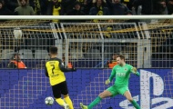 Giúp Dortmund lách qua khe cửa hẹp, 'thần đồng' trăm triệu khiến NHM phát cuồng