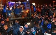 SỐC: Hàng ngàn Tifosi xuống đường 'đi bão', mừng Atalanta vượt qua vòng bảng Champions League