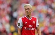 'Nhà bao việc', Ozil lại tự 'chuốc họa vào thân' khiến Arsenal cạn ngôn