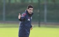 Arsenal đá phát chán, Mikel Arteta nổi nóng ngay buổi tập đầu