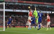 Mắc sai lầm chết người, Arsenal gục ngã đau đớn trước Chelsea
