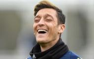 Ryan Giggs: 'Ozil thông minh, còn cầu thủ Man Utd đó thì...'