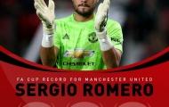 Đã đến lúc phải để Romero 'dằn mặt' De Gea