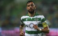Fernandes chưa tới, người cũ Man Utd đã 'bấn loạn' đến khó tin