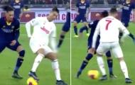 Xoay compa siêu đẳng, Ronaldo biến Smalling thành trò hề