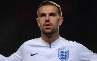 Người đội trưởng bị ghẻ lạnh của Liverpool được nước Anh vinh danh